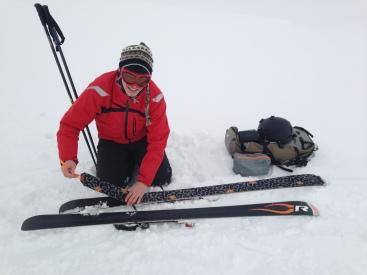 Naklejanie fok na narty